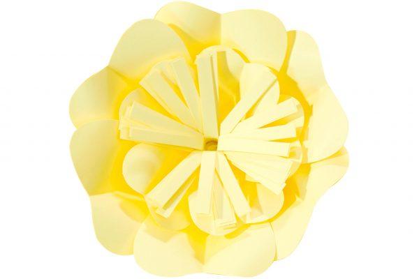 chica-amarillo